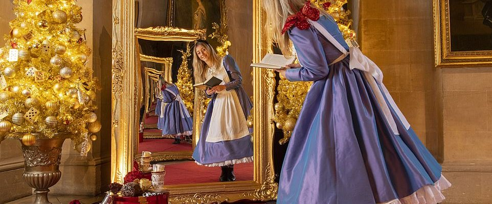 Alice in the Palace